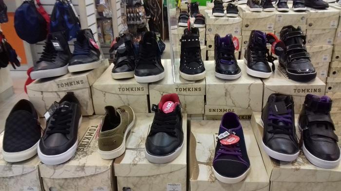 TOMKINS, Sepatu Keren Asli dari Indonesia 1
