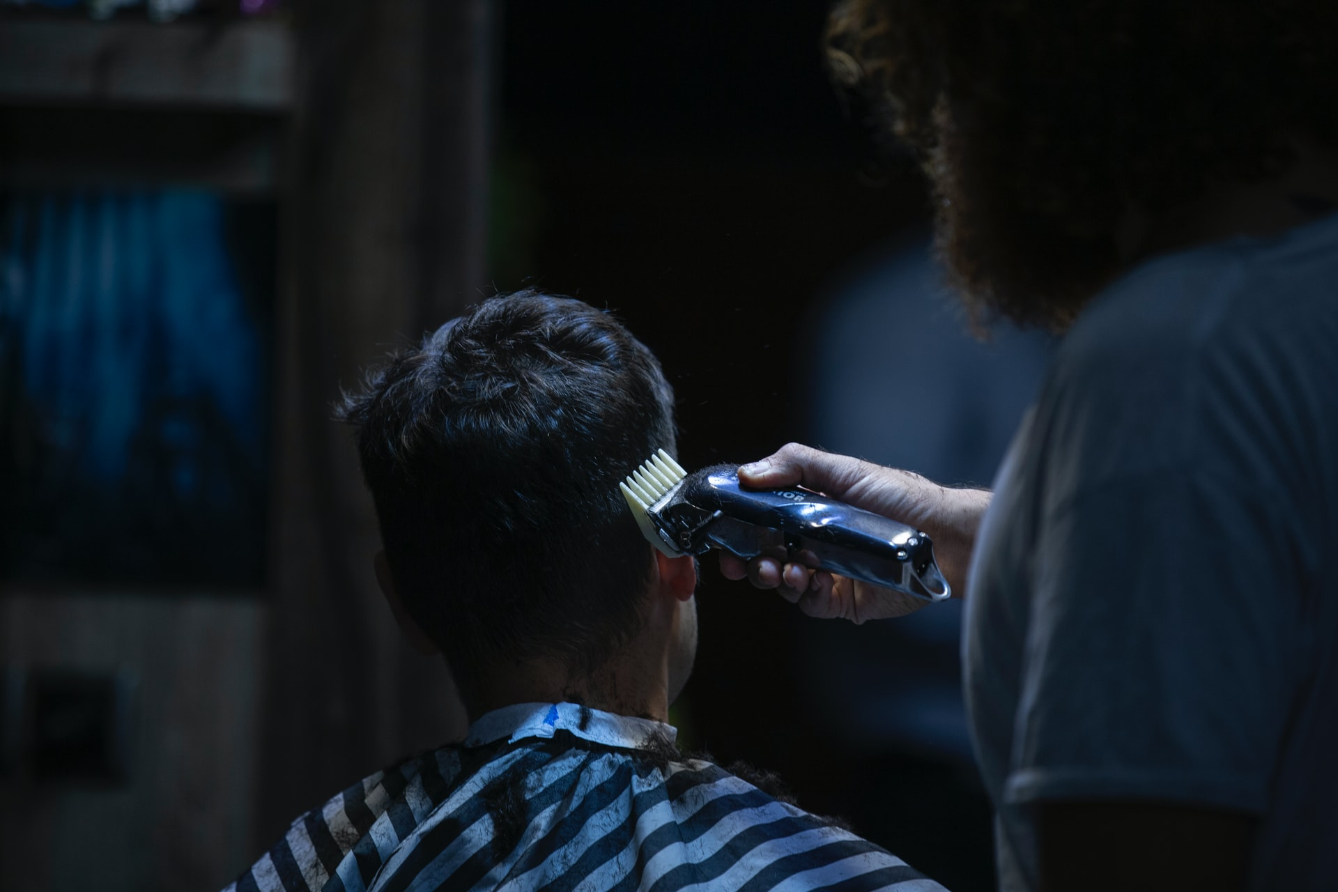GIOVANI Barbershop, Tempat Pangkas Rambut Pria Terbaik 1